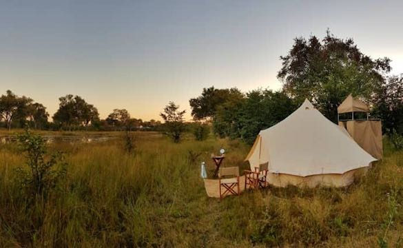 Mobile safari tent